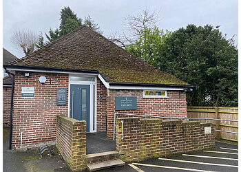 Aston Clinton Dental & Implant Clinic