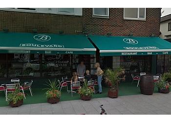 Boulevard Restaurant & Bar