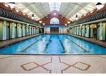 3 best leisure centres in leeds uk top picks august 2018 for Swimming pools leeds city centre