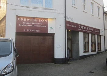 CREWS & SON FUNERAL DIRECTORS