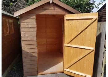 3 Best Fencing Contractors in Belfast, UK - Expert