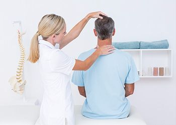 Chiropractic Center. Dr Nisha Saran