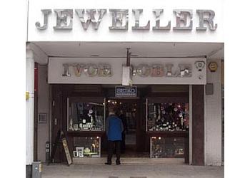 Doble Jeweller