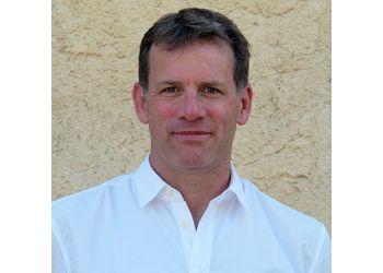Dr. Ian Grant, MA (Oxon), BM BCH, DM (Oxon), FRCS, FRCS (Plast)
