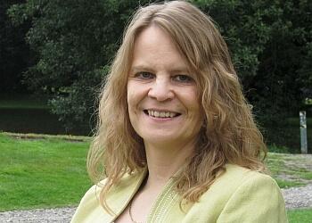 Dr Yvonne Waft