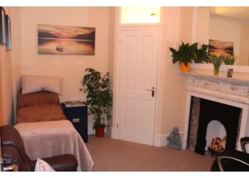 3 Best Hypnotherapy in South Somerset, UK - Expert ...