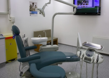 3 Best Dentists In Falkirk Uk Top Picks June 2019