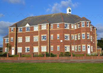 Falstone Manor
