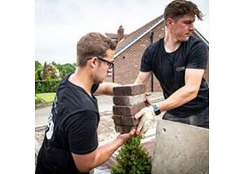 3 Best Landscape Gardeners in Leeds, UK - Expert ...