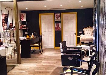 GLOW Bella Beauty Lounge