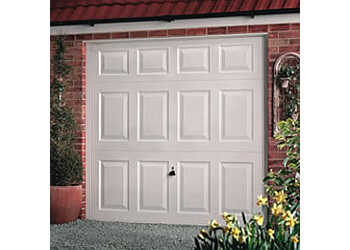 Geoff Crossley Garage Doors