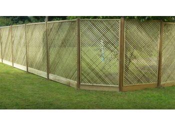 3 Best Fencing Contractors In Halifax Uk Expert
