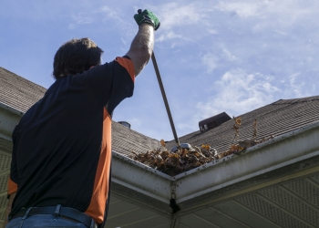 Gutter Clear and Cleaning Service