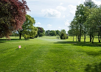 Hainsworth Park Golf Club