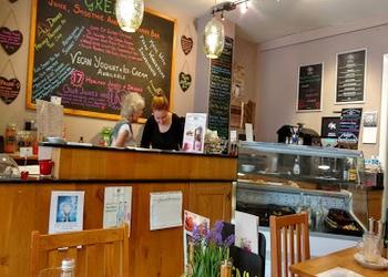 Healthy Indulgence Cafe