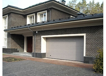 3 Best Garage Door Companies In London Uk Top Picks