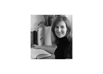 Kirsty Garland, BA (Hons), Lic. Ac.