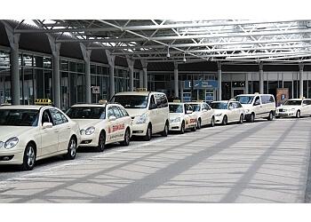 Leach Taxis