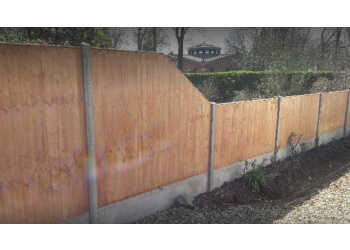 Level Fencing