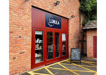 Lunula Nails and Beauty