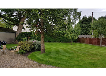 3 Best Landscape Gardeners in Harrogate, UK - Expert ...
