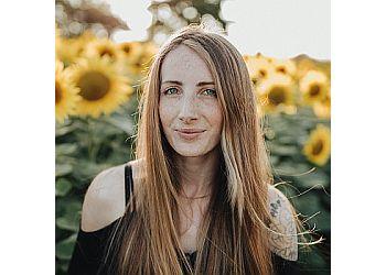 Melanie Grace Photographer