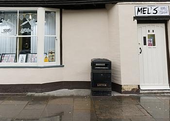 Mel's Tattoo Studio