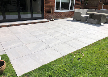 PAUL GIBBONS LANDSCAPES LTD.