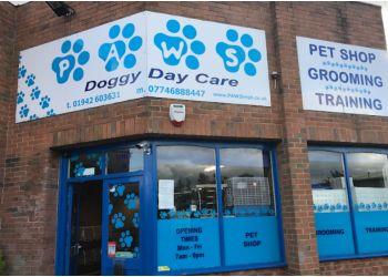 PAWS Doggy Day Care Leigh LTD.