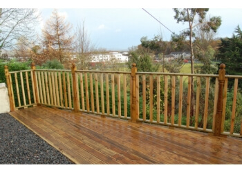 Plymouth Quality Decking and Fencing