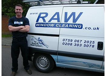 RAW WINDOW CLEANING