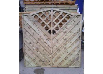 3 Best Fencing Contractors In Stoke On Trent Uk