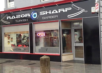 Razor & Sharp