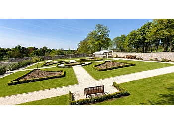 3 Best Landscape Gardeners in Fife, UK - Top Picks June 2019