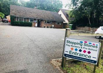 STEPPING STONES DAY NURSERY & PRE-SCHOOL