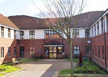 Snapethorpe Hall
