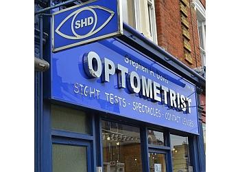 Stephen H Davis Optometrists