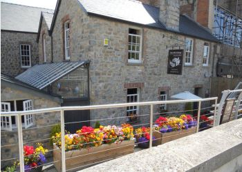 The Old Cottage Restaurant & Bistro
