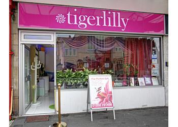 Tigerlilly Nails