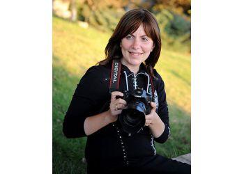 Tova Schprecher Photography & Video