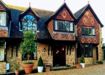 Tudor Place Bed & Breakfast