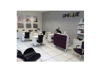 3 best nail salons in aberdeen uk threebestrated for Aberdeen beauty salon