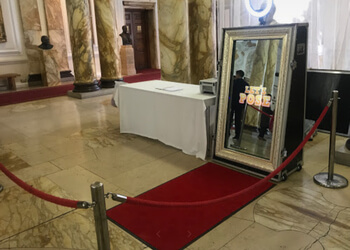 iDooPhotoBooths Ltd
