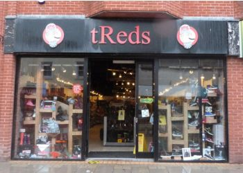 tReds Ltd